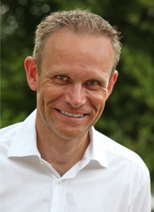 Dr. Andreas Koch