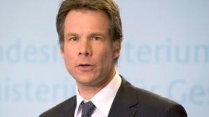 Dr. Tim Pfeiffer-Gerschel